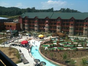 Wyndham Great Smokies Lodge. exterior