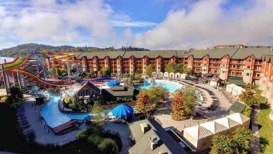 Wyndham Great Smokies Lodge  Discounted Vacation Rentals
